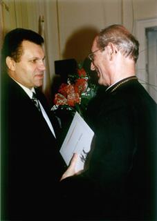 Burmistrz Gogolin i ks Arcybiskup.jpeg